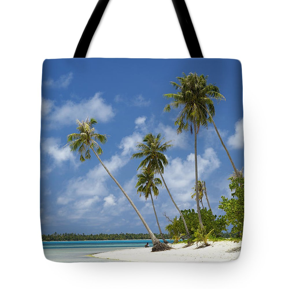 Beach Tote Bag featuring the photograph Maupiti Lagoon by Kyle Rothenborg - Printscapes