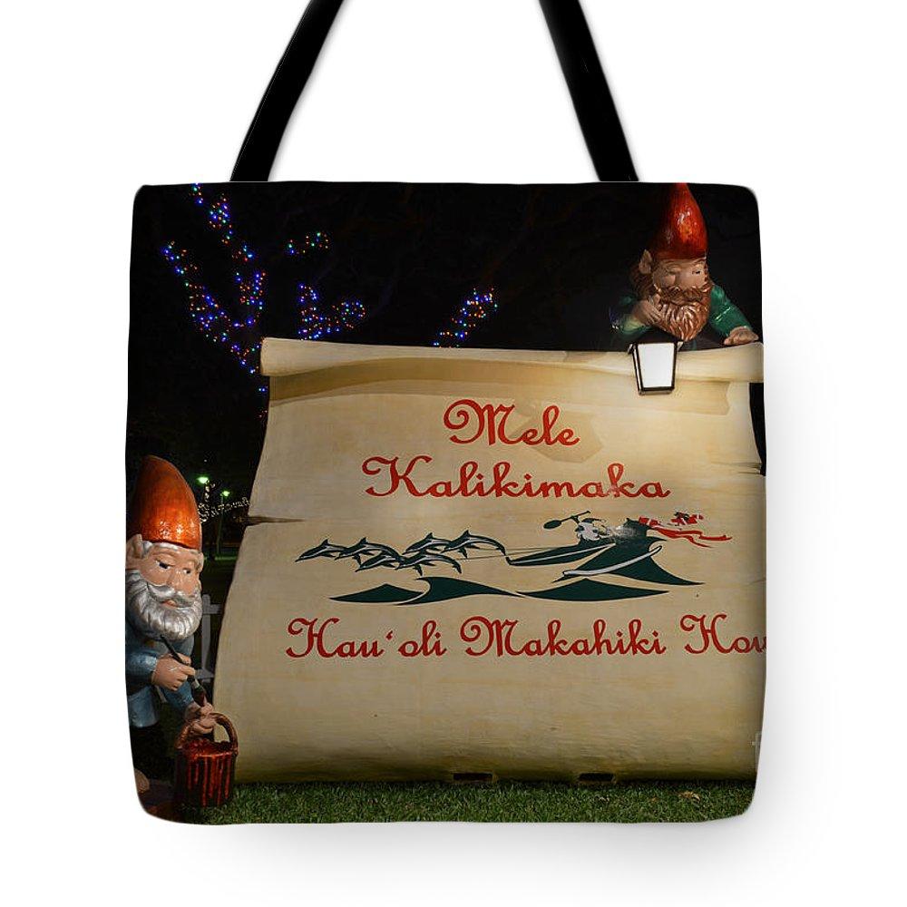 Mele Kalikimaka Merry Christmas Tote Bag featuring the photograph Mele Kalikimaka Sign And Elves by Aloha Art