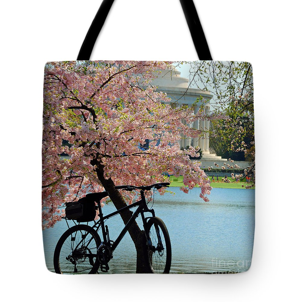 Cherry Tote Bag featuring the photograph Memorial Bicycle by Jost Houk