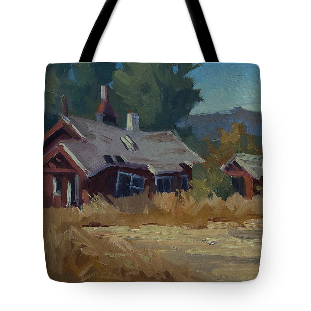 Memories Of The Past Tote Bag featuring the painting Memories Of The Past by Diane McClary