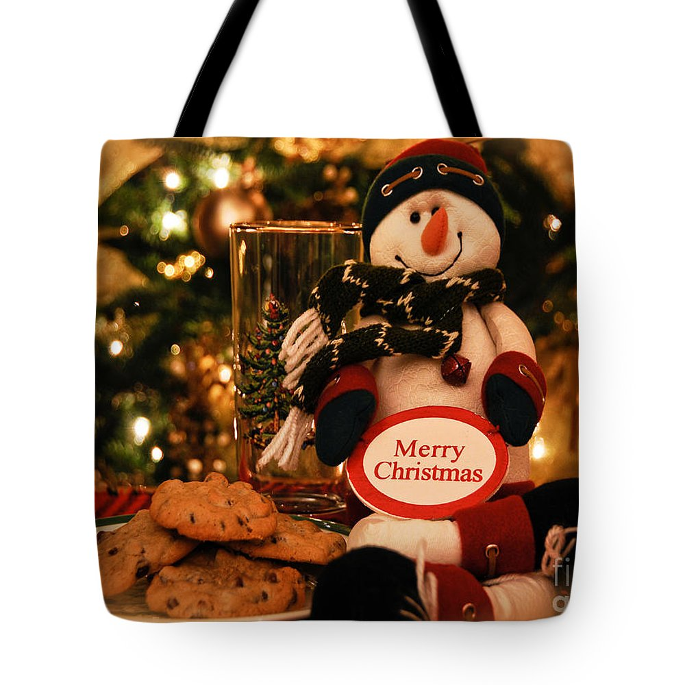 Merry Christmas Tote Bag featuring the photograph Merry Christmas Snowman by Lois Bryan