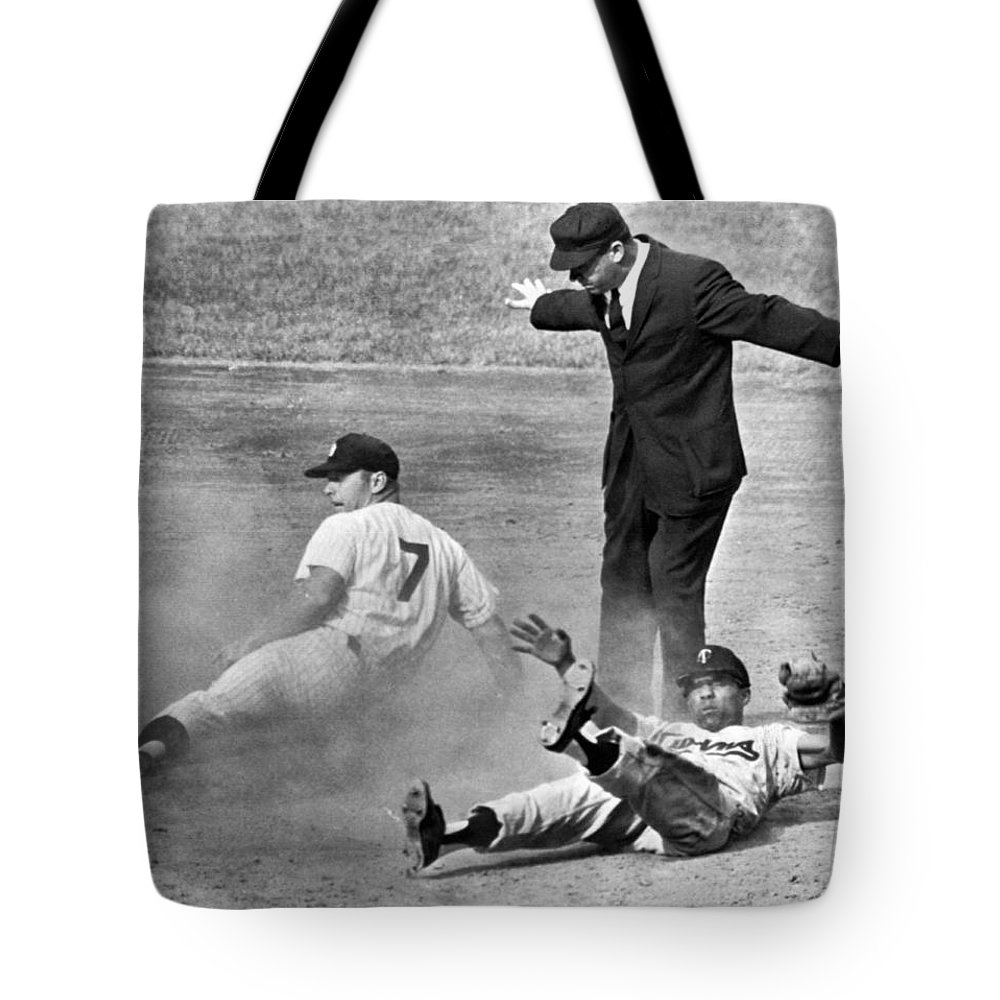 1961 Tote Bag featuring the photograph Mickey Mantle Steals Second by Underwood Archives