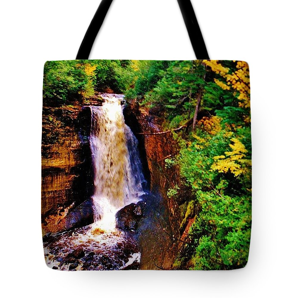 Miners Falls Tote Bag featuring the photograph Miner's Falls by Daniel Thompson