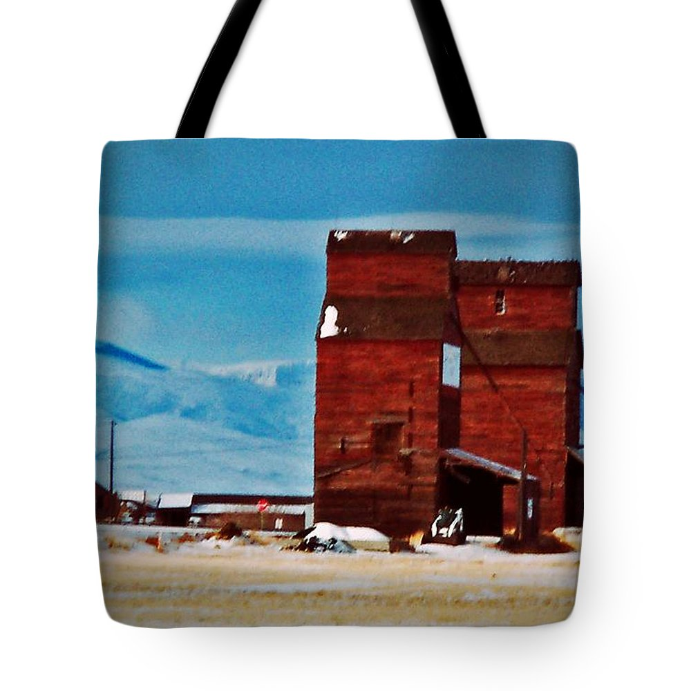 Montana Tote Bag featuring the photograph Montana Mountaintown by Desiree Paquette