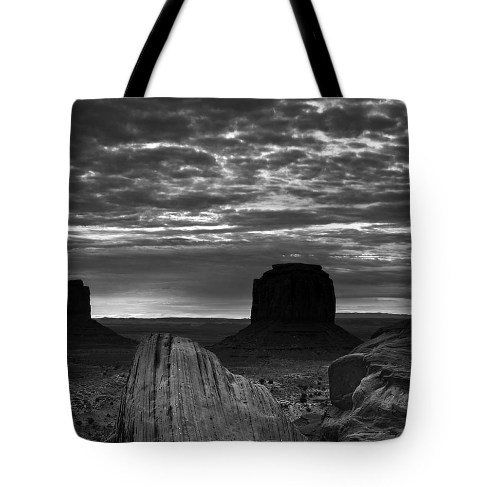 Atmosphere Tote Bag featuring the photograph Monument Valley 001 by Ingrid Smith-Johnsen