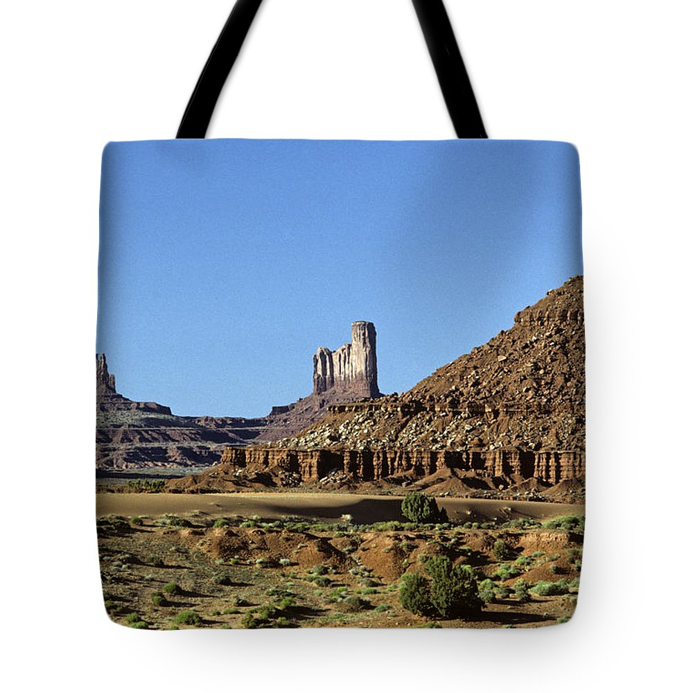 Adventure Tote Bag featuring the photograph Monument Valley Arizona State Usa by Jim Corwin
