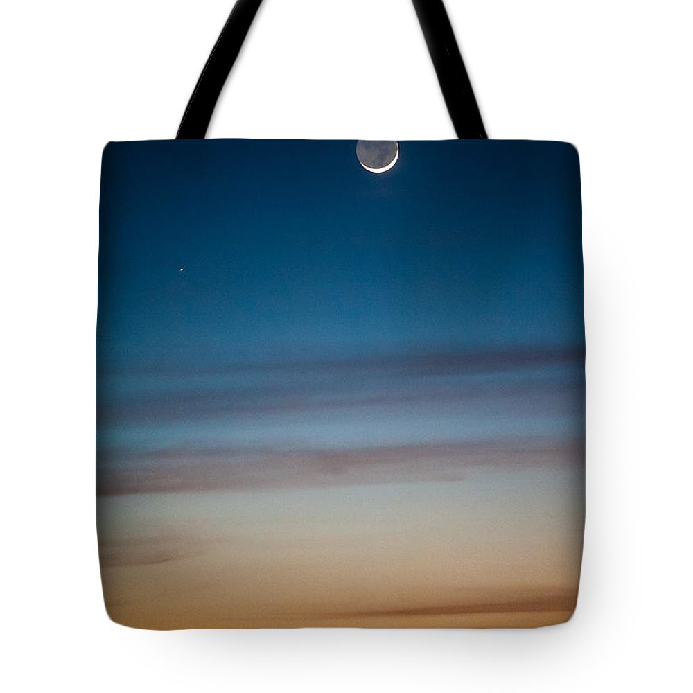 Moon Tote Bag featuring the photograph Moon Rise In Texas by Sean Wray