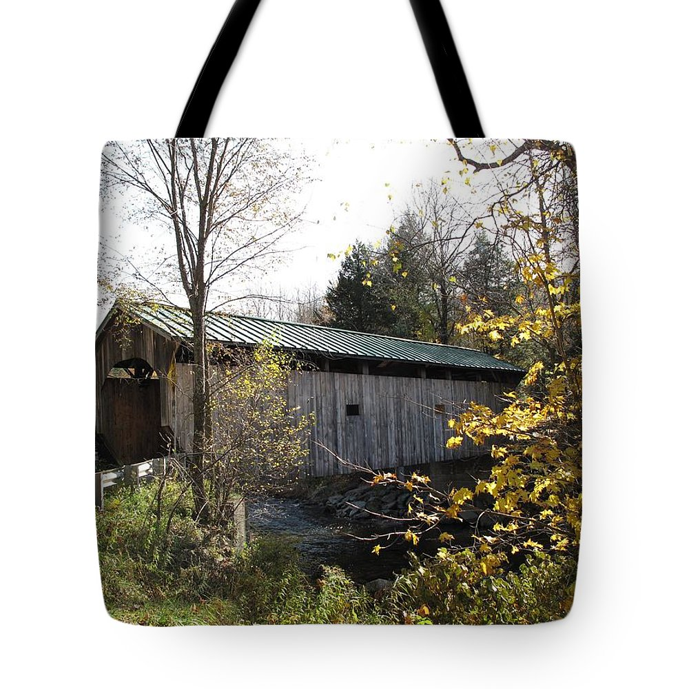 Covered Bridge Tote Bag featuring the photograph Morgan Bridge Belvidere Junction Vermont by Barbara McDevitt