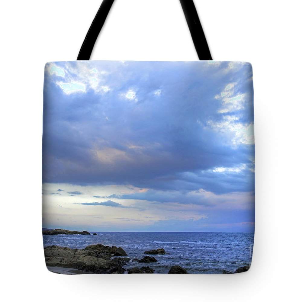 Scenic Tote Bag featuring the photograph Morning Hues by Bob Hislop