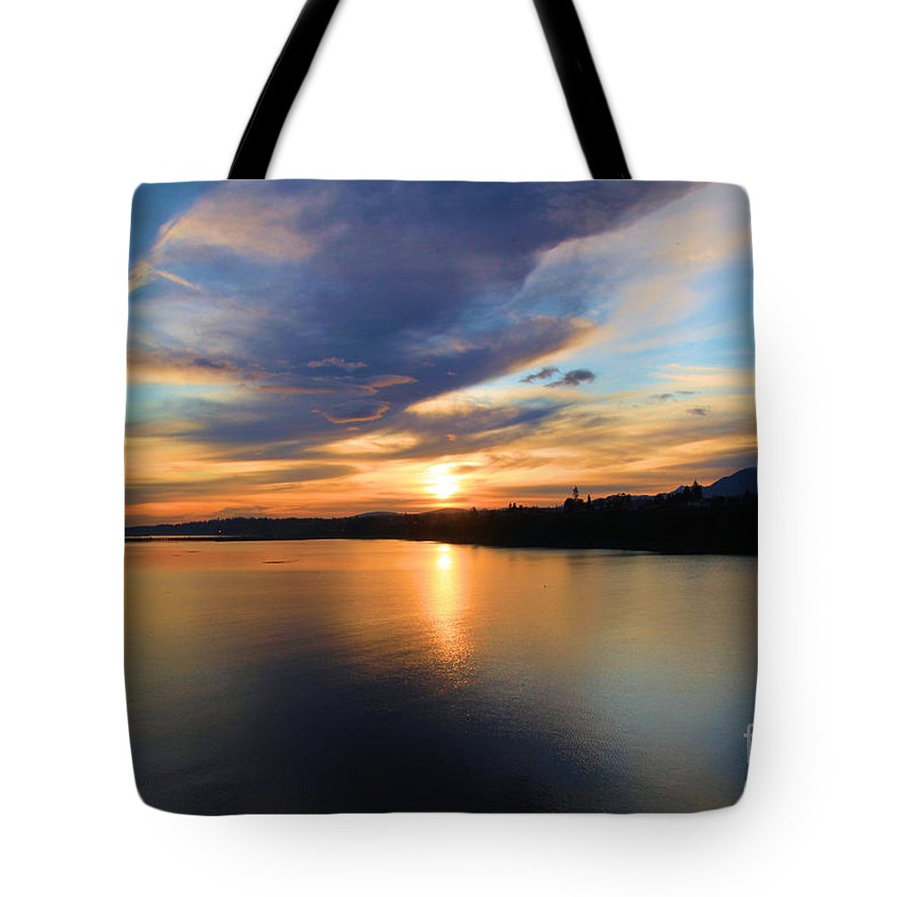 Port Angles Tote Bag featuring the photograph Morning Mirror by Adam Jewell