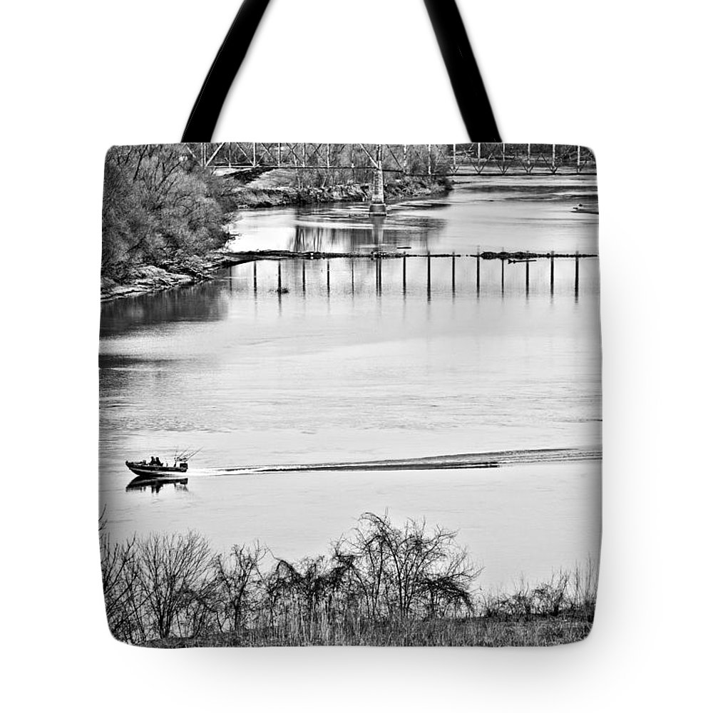 River Tote Bag featuring the photograph Motorboat Ride by Sennie Pierson