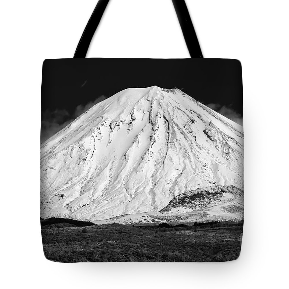 Mount Ngauruhoe Tongariro National Park New Zealand Mountain Mountains Volcano Volcanos Landscape Landscapes Snow Snowscape Snowscapes Black And White Tote Bag featuring the photograph Mount Ngauruhoe 2 by Bob Phillips