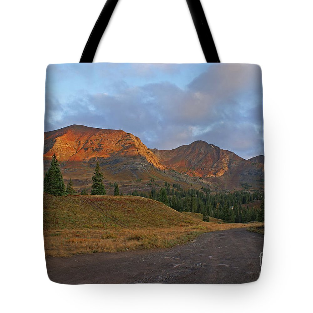 Mount Owen Tote Bag featuring the photograph Mount Owen Sunrise by Kelly Black