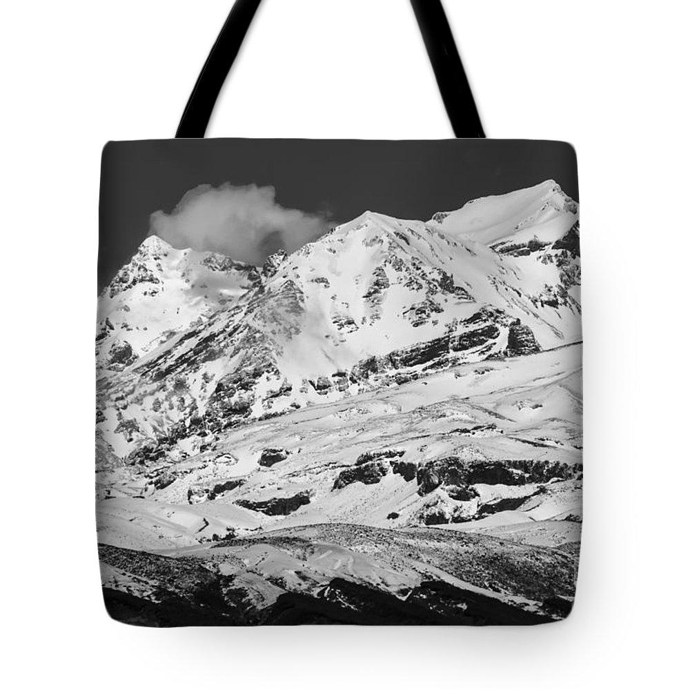Mount Ruapehu Tongariro National Park New Zealand Mountain Mountains Volcano Volcanos Landscape Landscapes Snow Snowscape Snowscapes Black And White Tote Bag featuring the photograph Mount Ruapehu by Bob Phillips