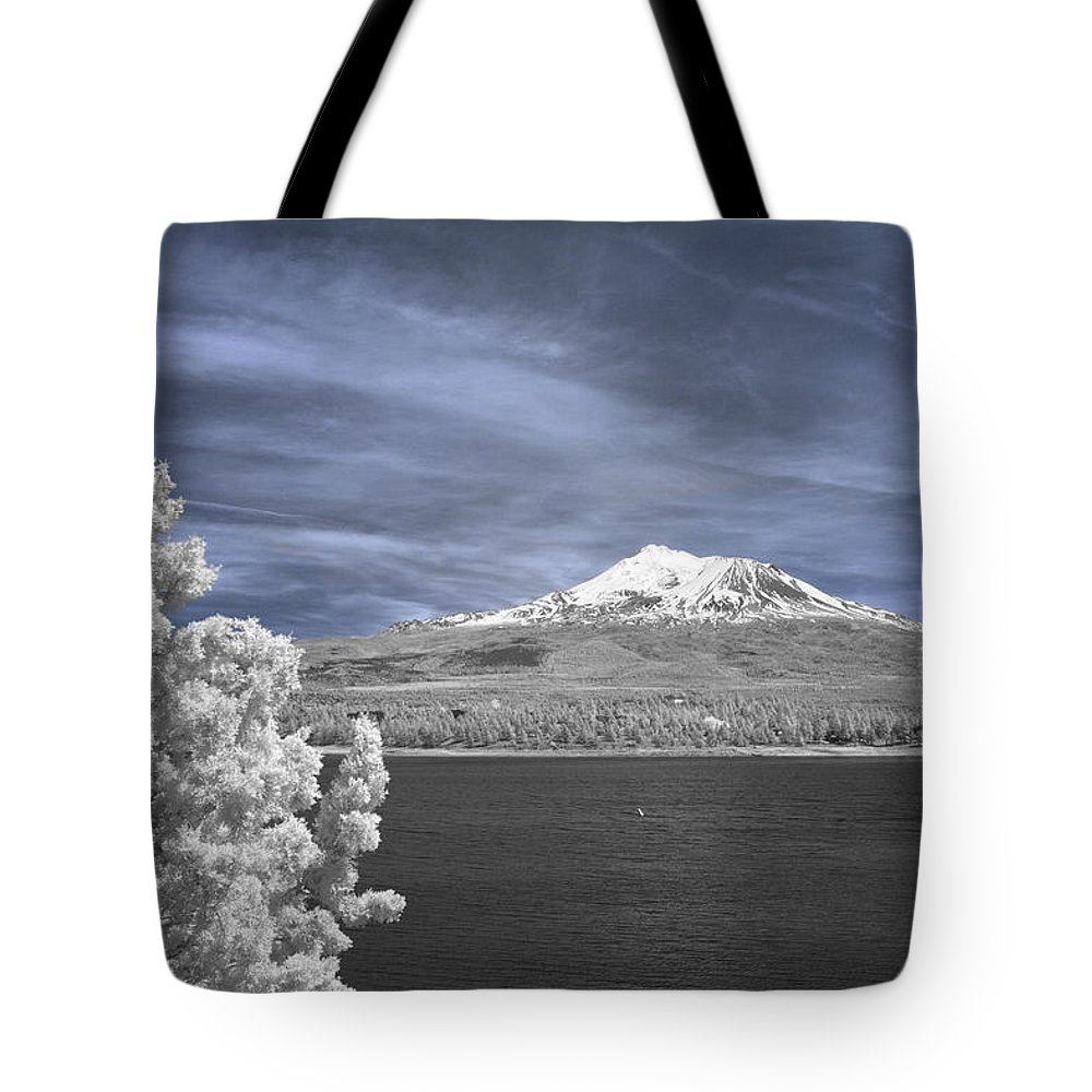 Mount Shasta Tote Bag featuring the photograph Mount Shasta by Alan Kepler