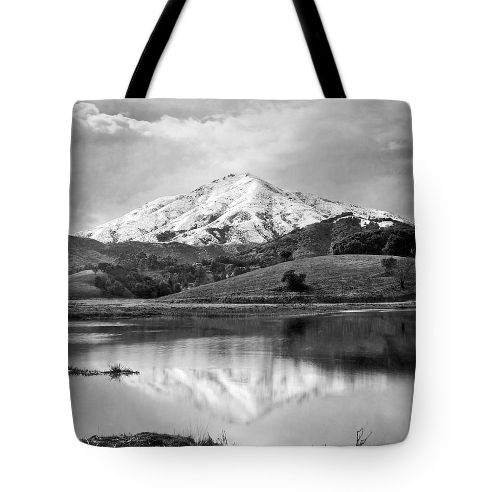 1920's Tote Bag featuring the photograph Mt. Tamalpais In Snow by Underwood Archives