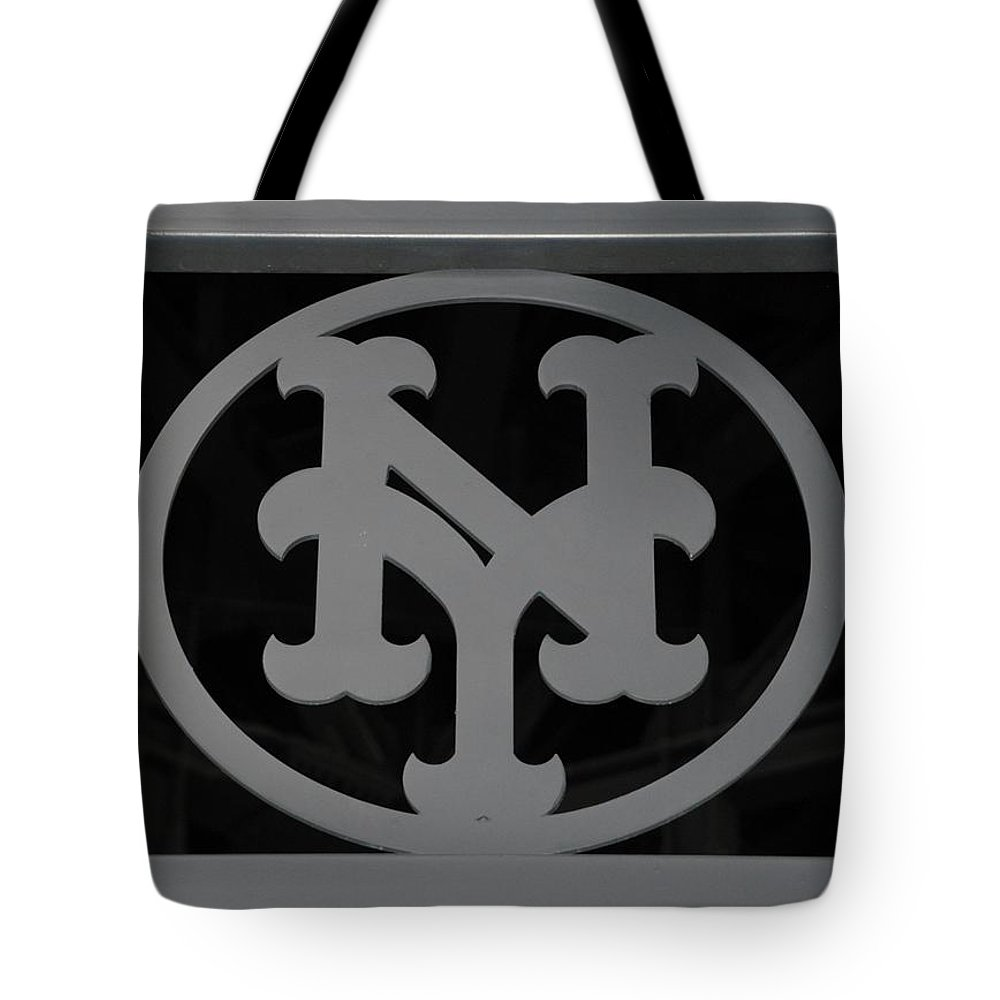 Shea Stadium Tote Bag featuring the photograph N Y by Rob Hans
