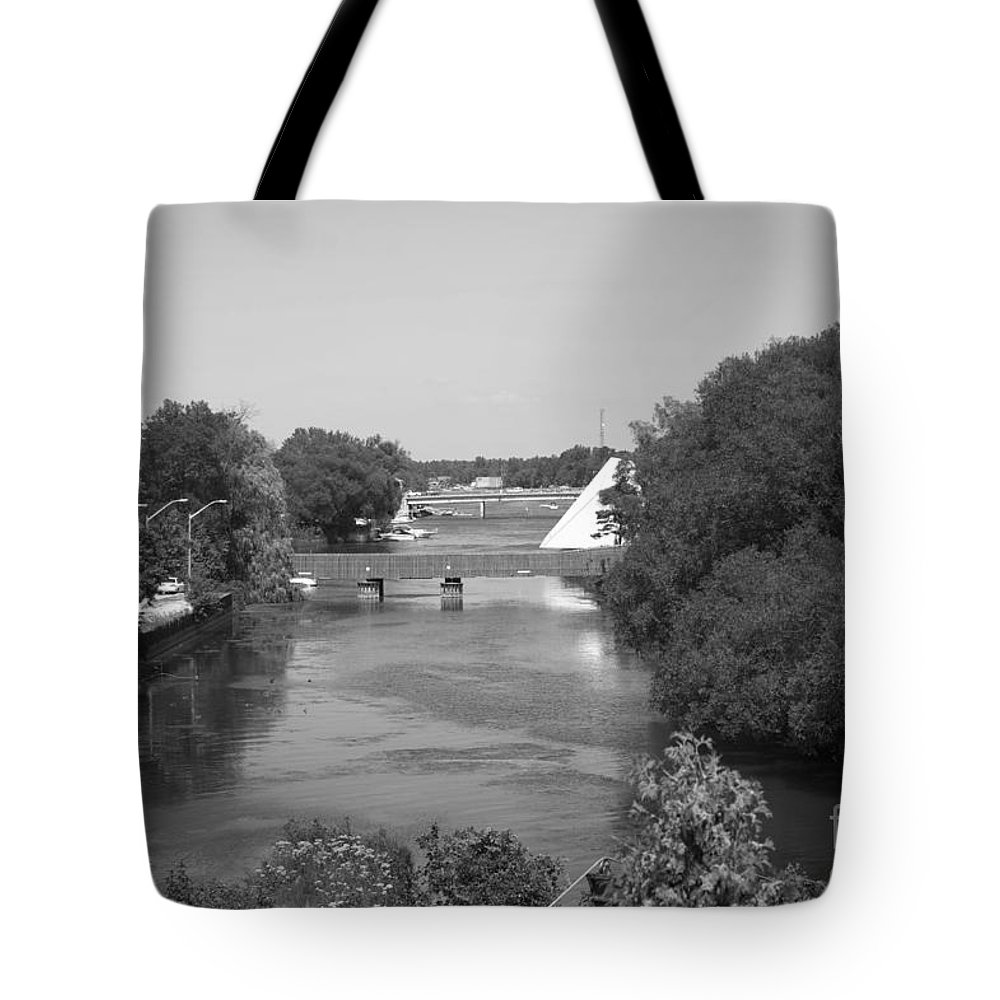Nancy Island Tote Bag featuring the photograph Nancy Island Channel by Elaine Mikkelstrup