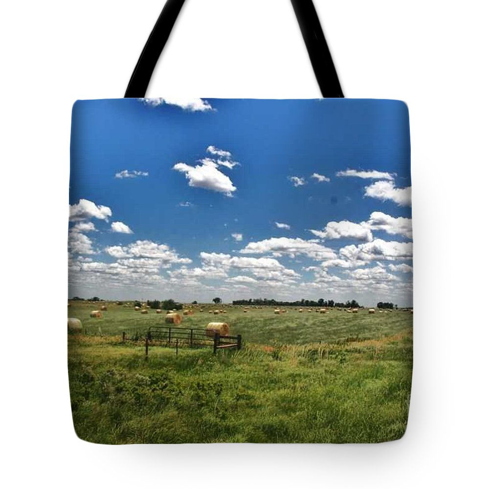 Hay Baling In Nebraska Photo Tote Bag featuring the photograph Nebraska Hay Baling by PainterArtist FIN