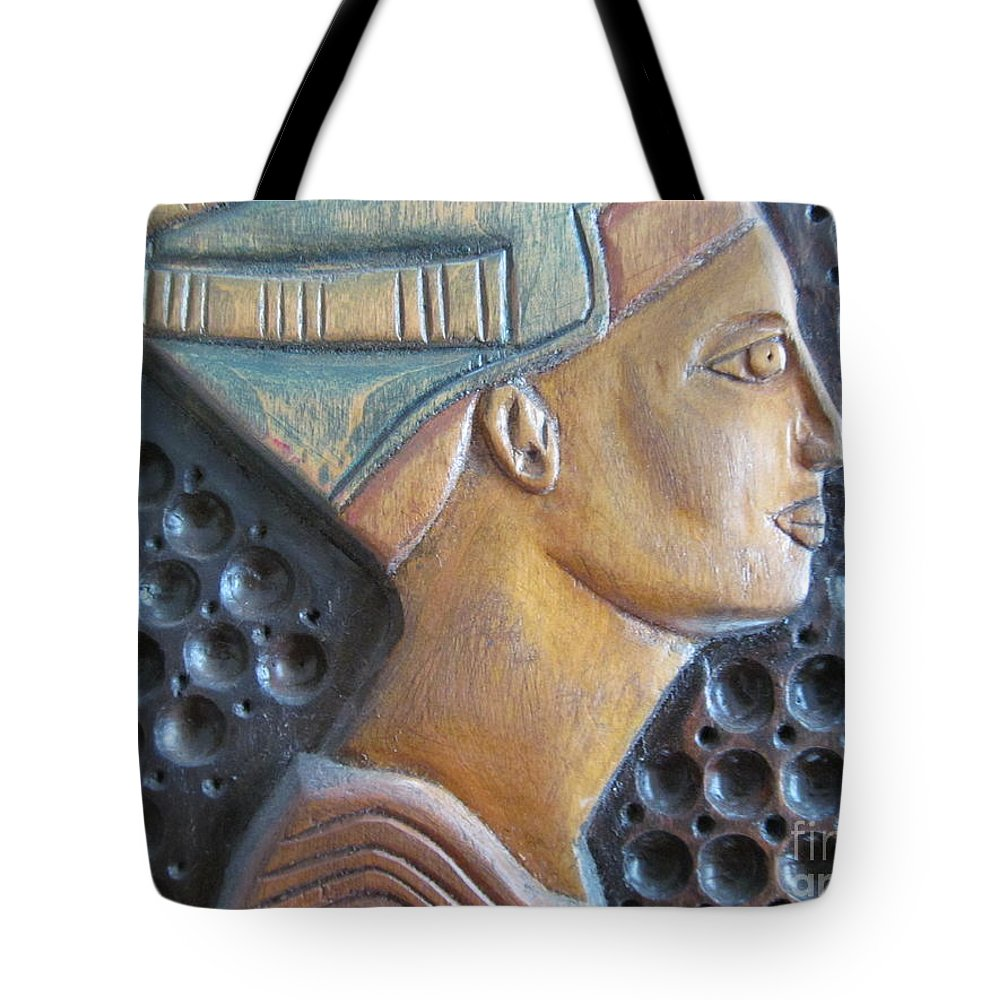 Wood Carvings Tote Bag featuring the photograph Queen Nefertiti by Tina M Wenger