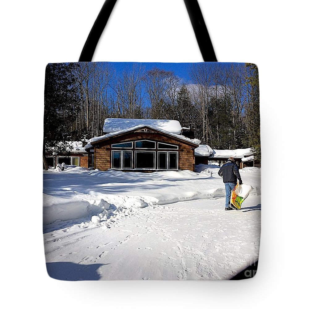 Feeding The Deer Tote Bag featuring the photograph Never Done by Joseph Yarbrough