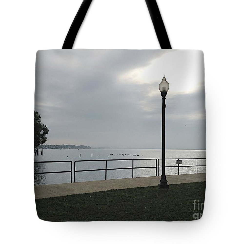 Anchor Bay Tote Bag featuring the photograph New Baltimore by Joseph Yarbrough