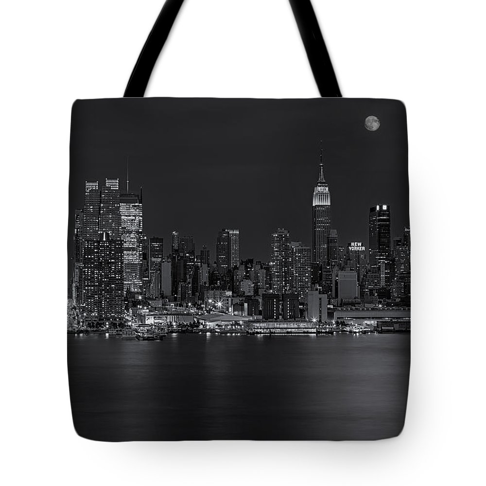 Esb Tote Bag featuring the photograph New York City Night Lights by Susan Candelario