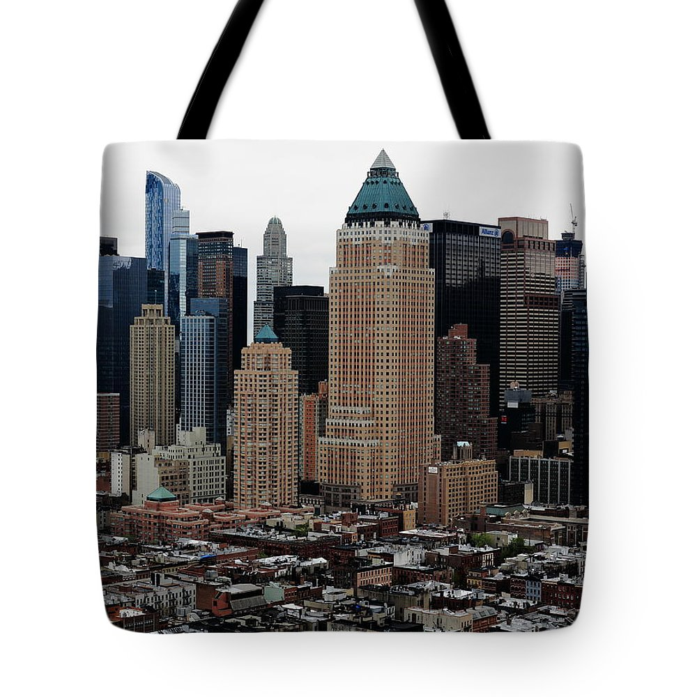 America Tote Bag featuring the photograph New York City Skyline 19 by Frank Romeo