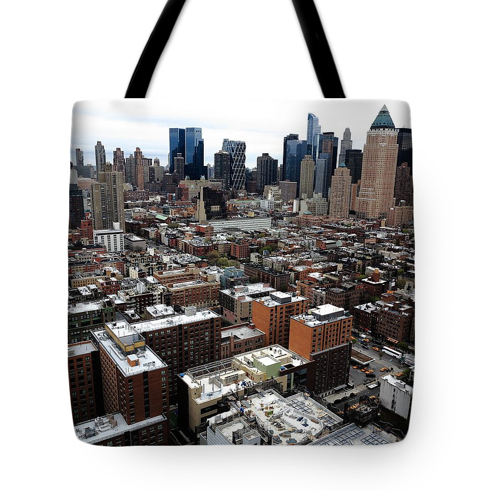 America Tote Bag featuring the photograph New York City Skyline 20 by Frank Romeo
