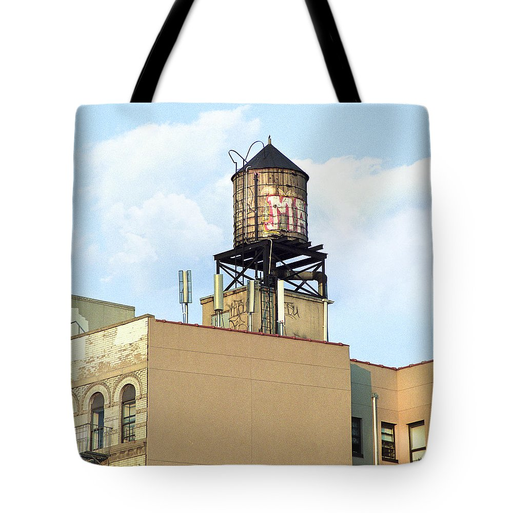 Water Towers Tote Bag featuring the photograph New York City Water Tower 4 - Urban Scenes by Gary Heller