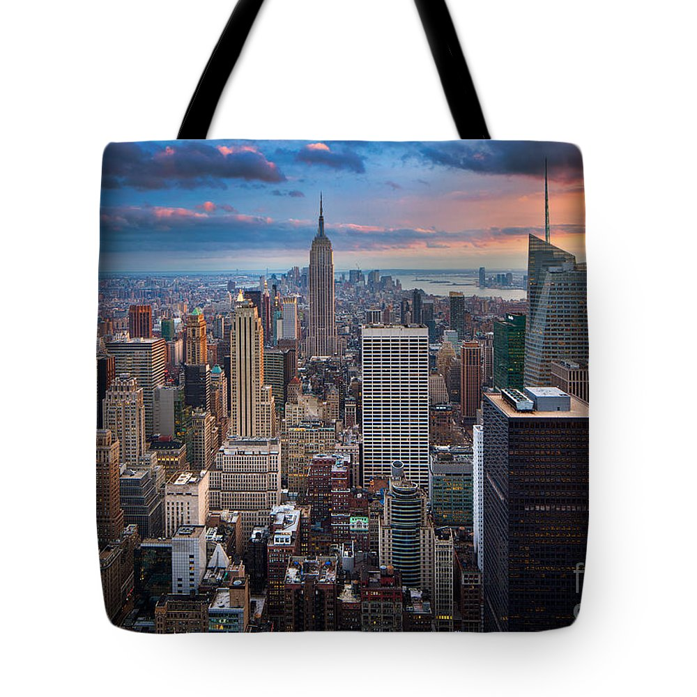 America Tote Bag featuring the photograph New York New York by Inge Johnsson