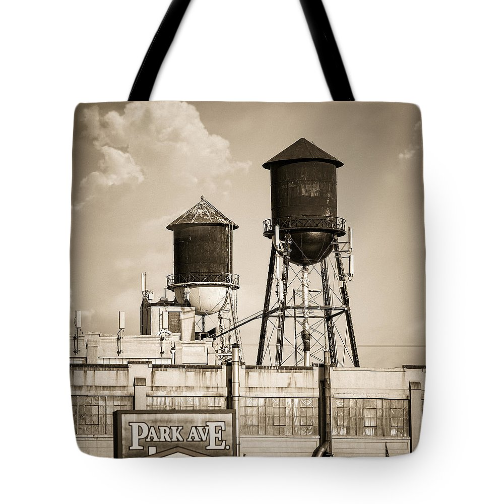 Water Towers Tote Bag featuring the photograph New York Water Tower 8 - Williamsburg Brooklyn by Gary Heller
