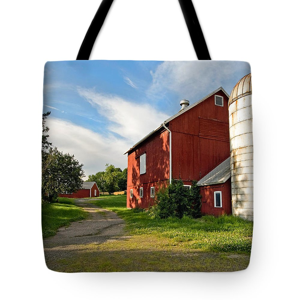 Bucolic Tote Bag featuring the photograph Newtown Barn by Bill Wakeley