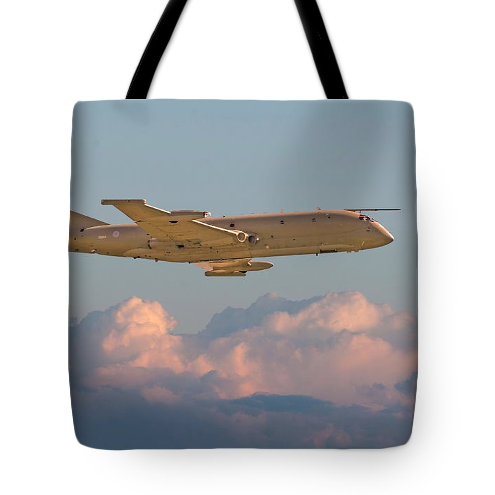 Aircraft Tote Bag featuring the photograph Nimrod - Maritime Patrol Aircraft by Pat Speirs