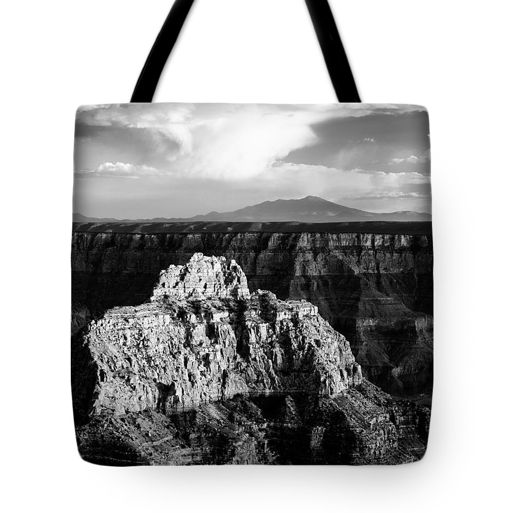 Grand Canyon Tote Bag featuring the photograph North Rim by Dave Bowman