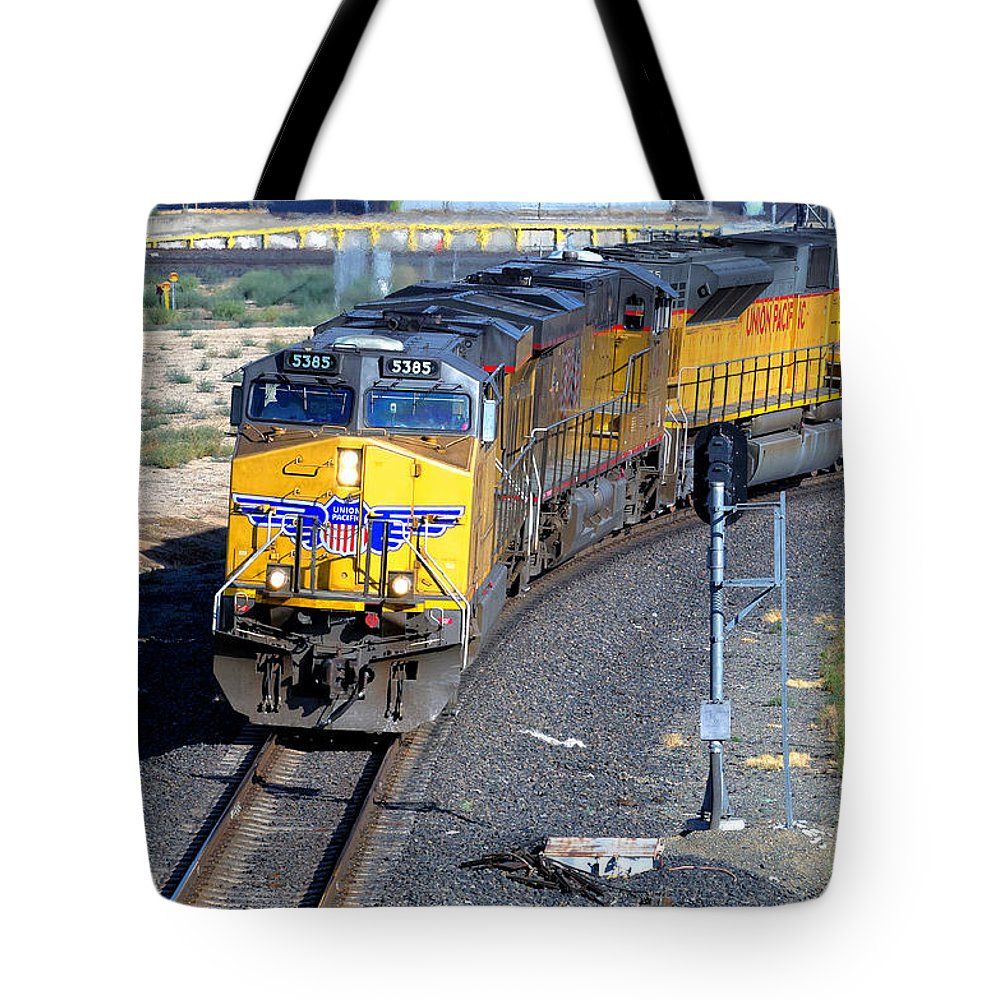 Roseville Tote Bag featuring the photograph Northbound From Roseville At The Crooked Bridge by Jim Thompson
