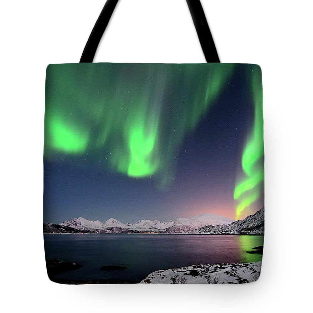 Tranquility Tote Bag featuring the photograph Northern Lights And Moonlit Landscape by John Hemmingsen