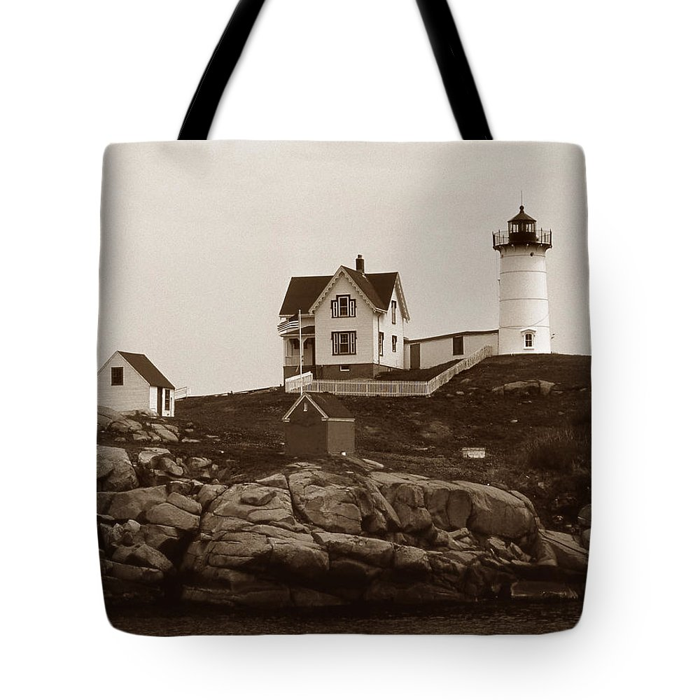 Lighthouses Tote Bag featuring the photograph Nubble Light by Skip Willits