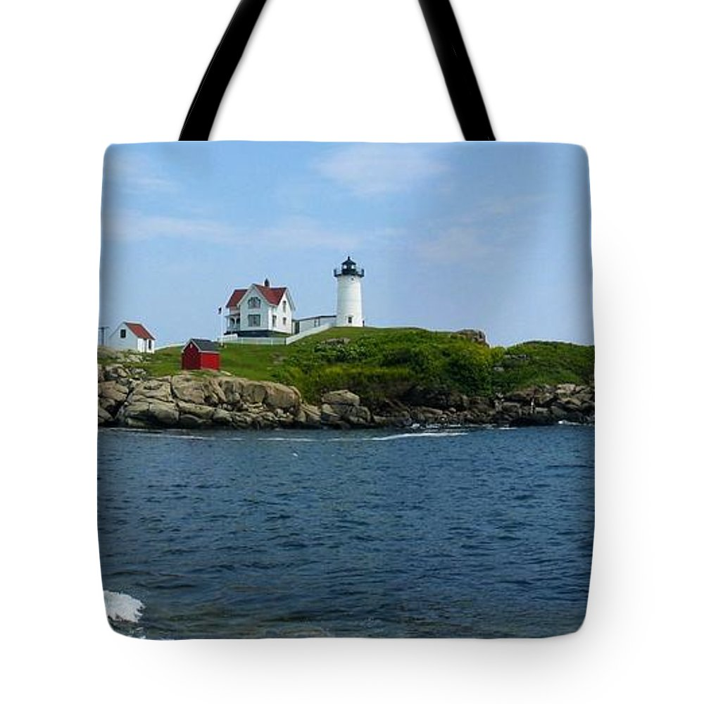 Nubble Tote Bag featuring the photograph Nubble Lighthouse by Photographic Arts And Design Studio