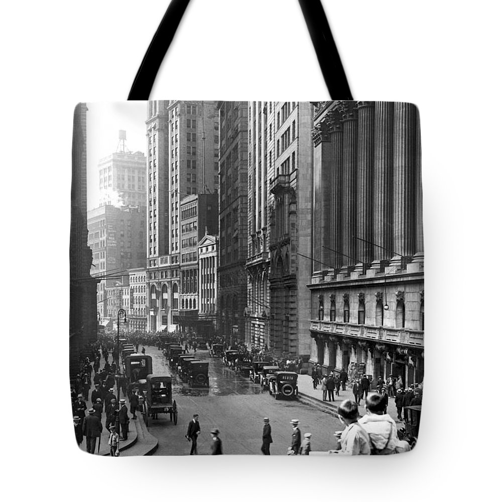 1924 Tote Bag featuring the photograph Nyc Financial District by Underwood Archives