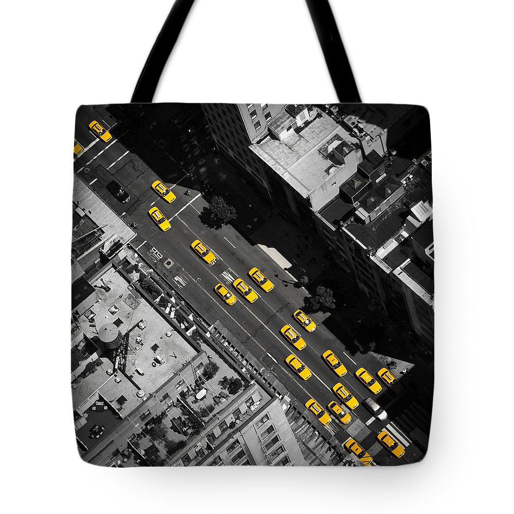 Taxi Tote Bag featuring the photograph Nyc Taxi by Thomas Richter