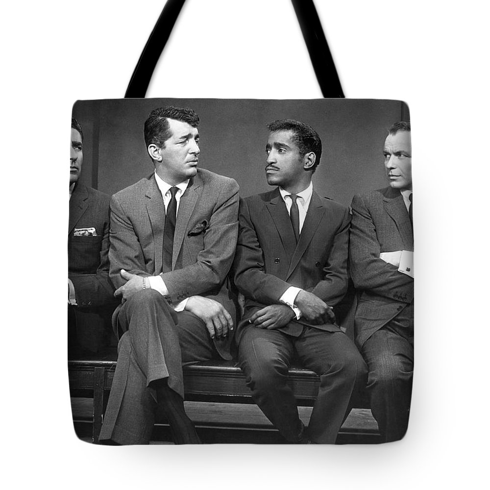 1960 Tote Bag featuring the photograph Ocean's Eleven Rat Pack by Underwood Archives