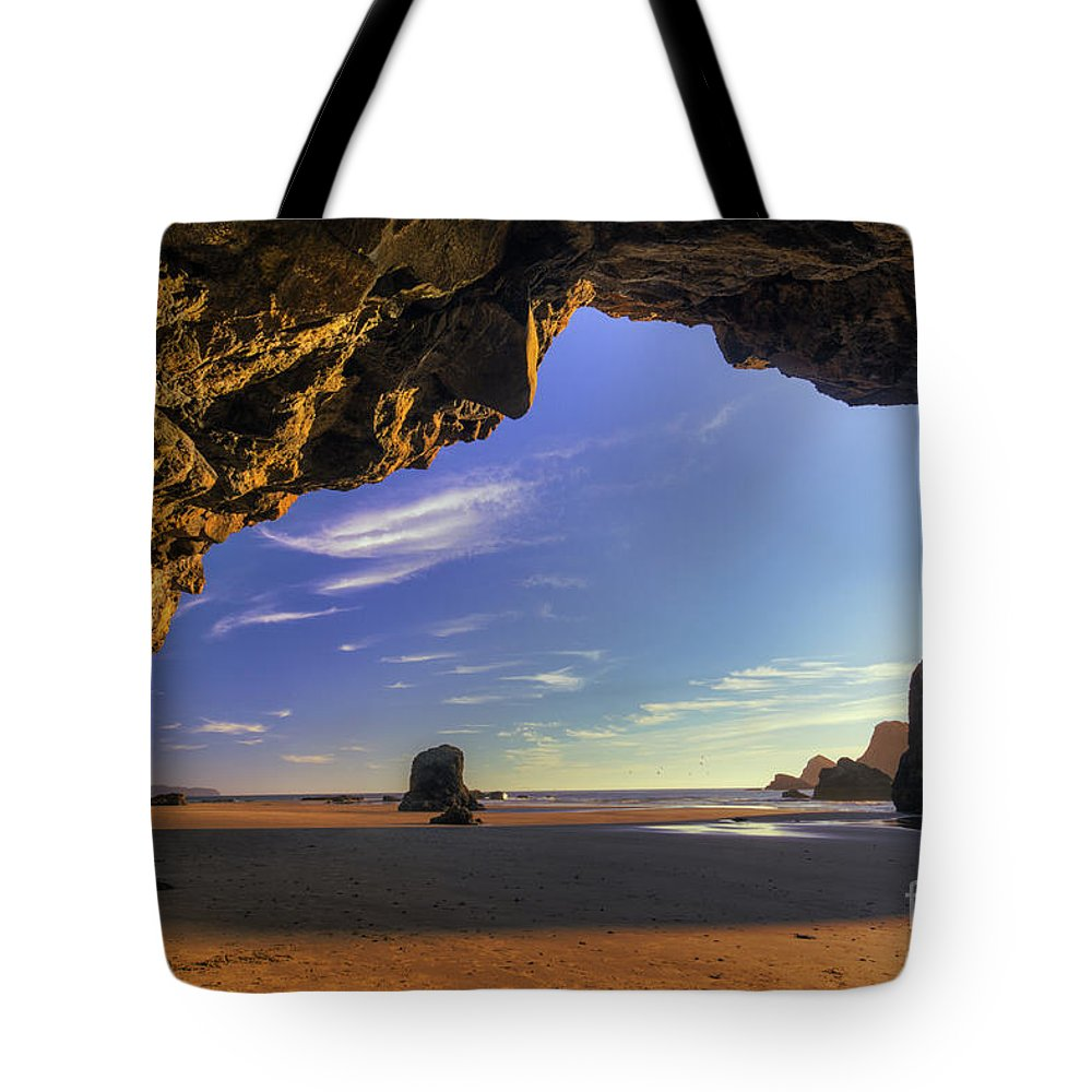 Oregon Tote Bag featuring the photograph Oceanside Hideout by Mark Kiver
