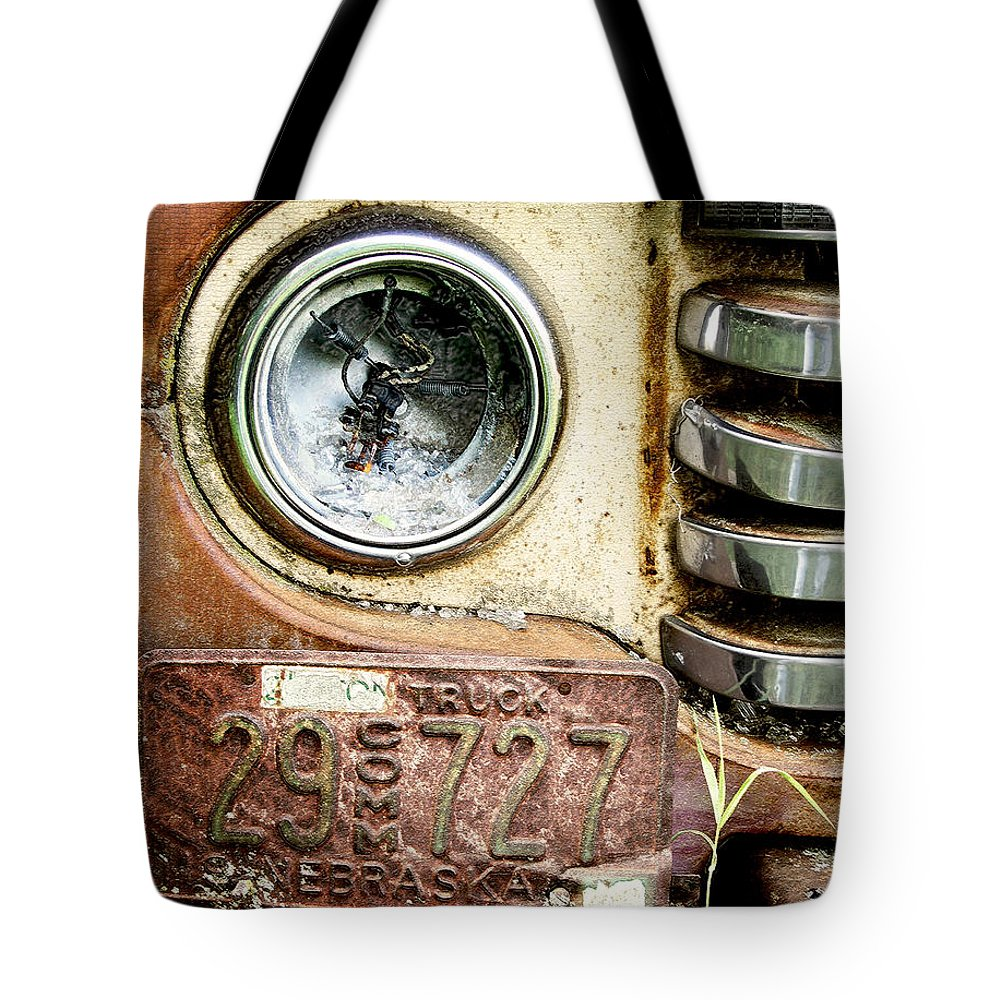 Retro Tote Bag featuring the photograph Old 727 by John Anderson