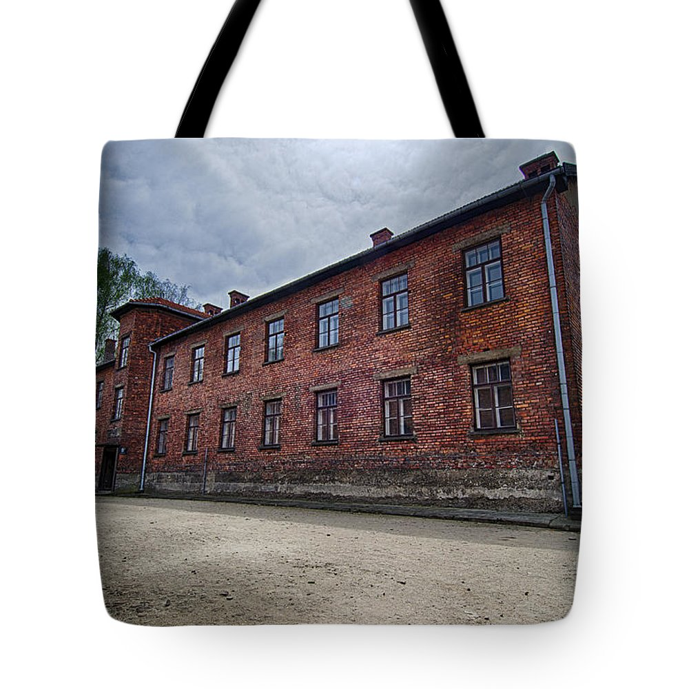 Old Building Tote Bag featuring the photograph Old Building by Giovanni Chianese