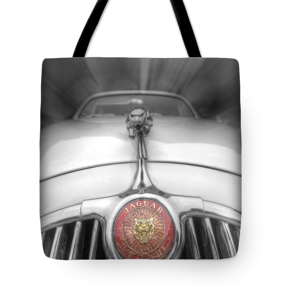 Retro Tote Bag featuring the digital art Old Cat by Nathan Wright