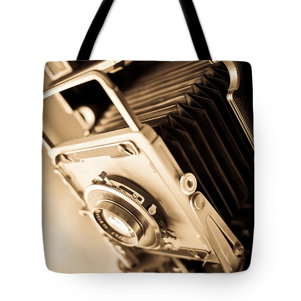 View Tote Bag featuring the photograph Old Press Camera by Edward Fielding