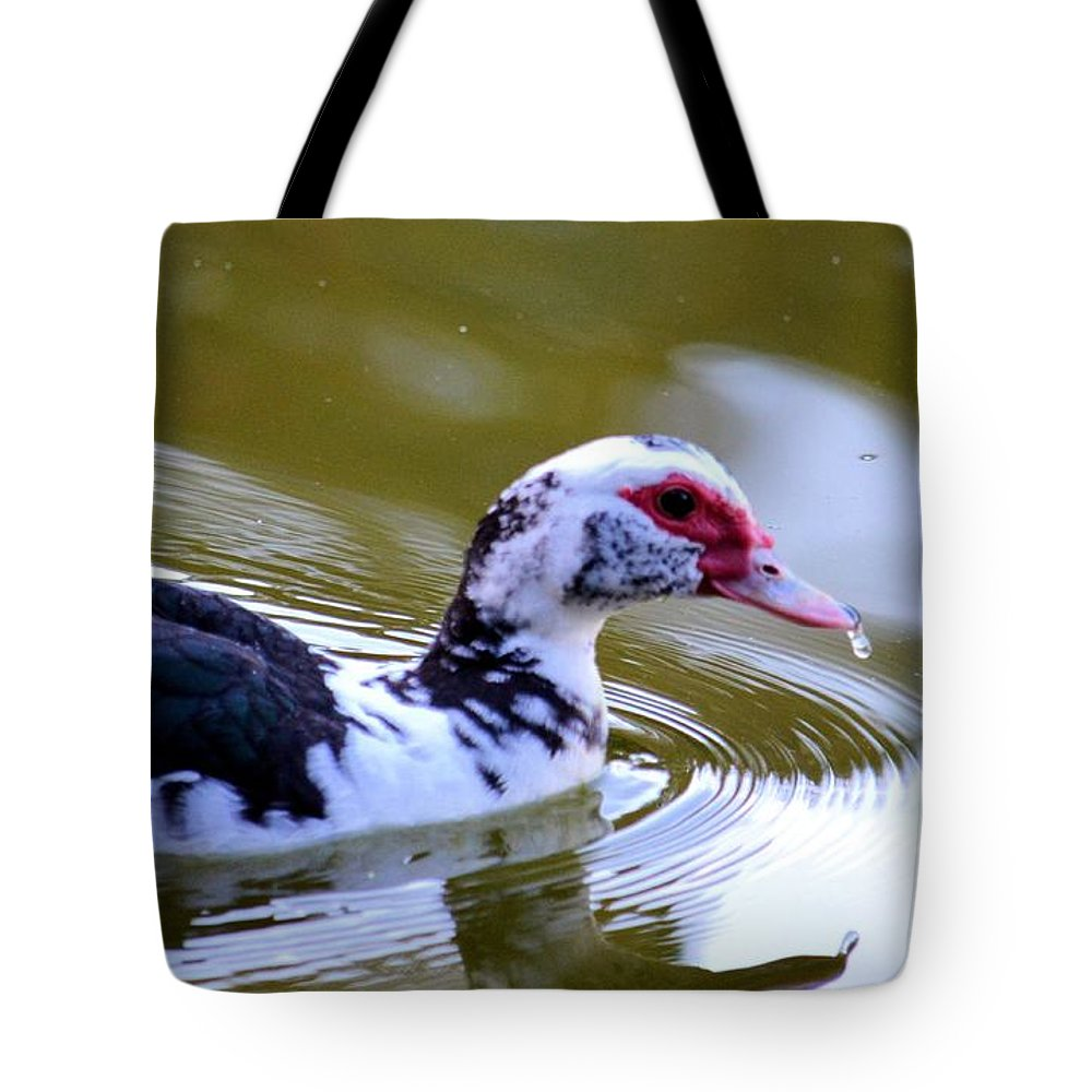 One Drop's Reflection Of The Muscovy Tote Bag featuring the photograph One Drop's Reflection Of The Muscovy by Maria Urso