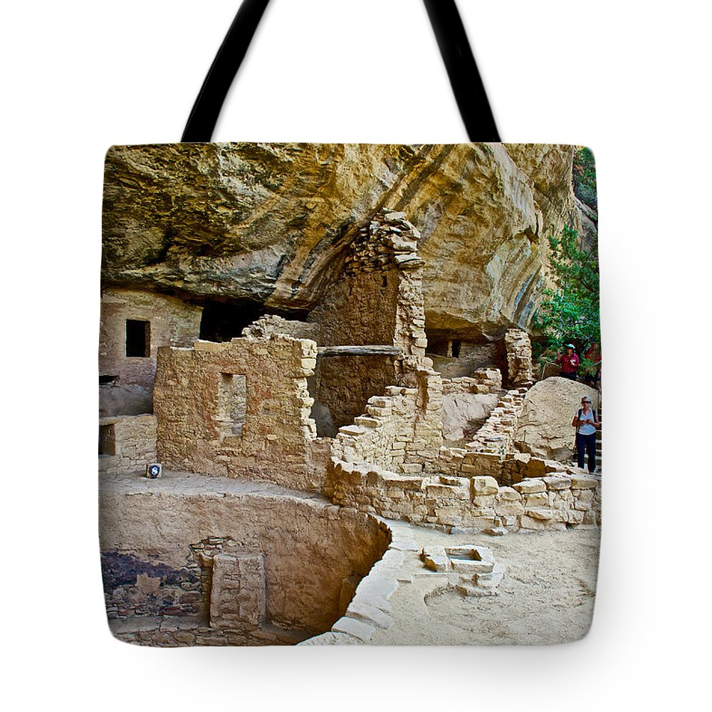 One End Of Spruce Tree House On Chapin Mesa In Mesa Verde National Park Tote Bag featuring the photograph One End Of Spruce Tree House On Chapin Mesa In Mesa Verde National Park-colorado by Ruth Hager