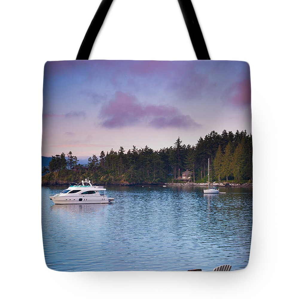America Tote Bag featuring the photograph Orcas Viewpoint by Inge Johnsson